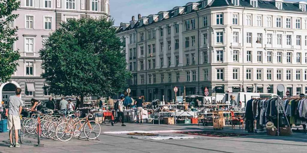 Loppemarked på Strøget i København - PhotoCredit - Sebastian Himmelstrup