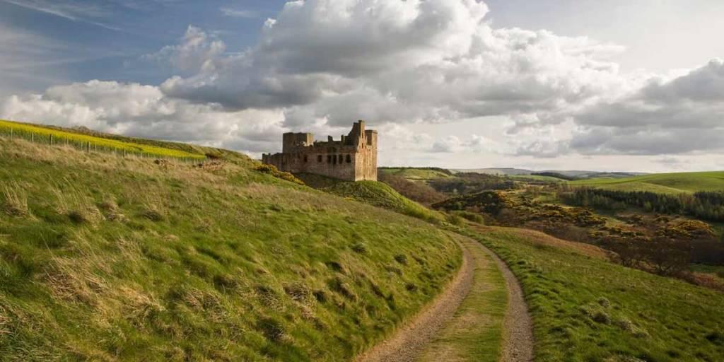 Peebles-P3-VisitScotland
