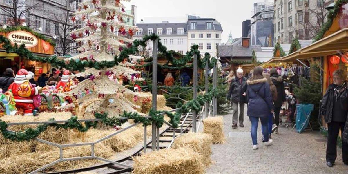 Copenhagen Christmas market - Højbro Plads
