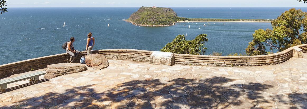West Head lookout, Ku-ring-gai Chase National Park. Photo: D.Finnegan/OEH