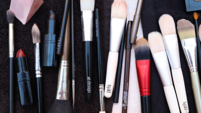 Beauty Shop | 15 Beauty Brushes Our Editors Live By