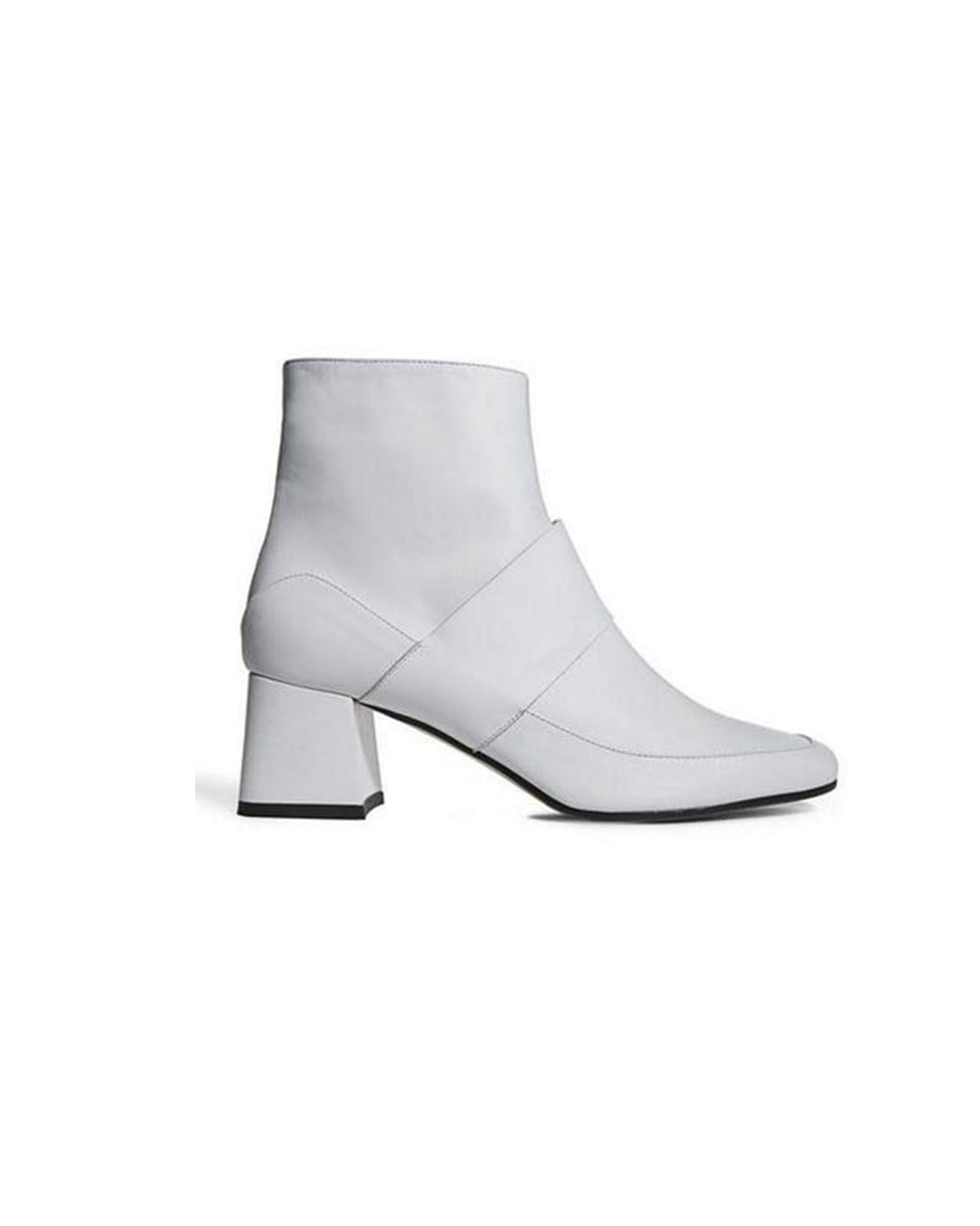 Goldie boot white