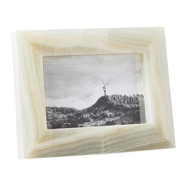 Onyx frame