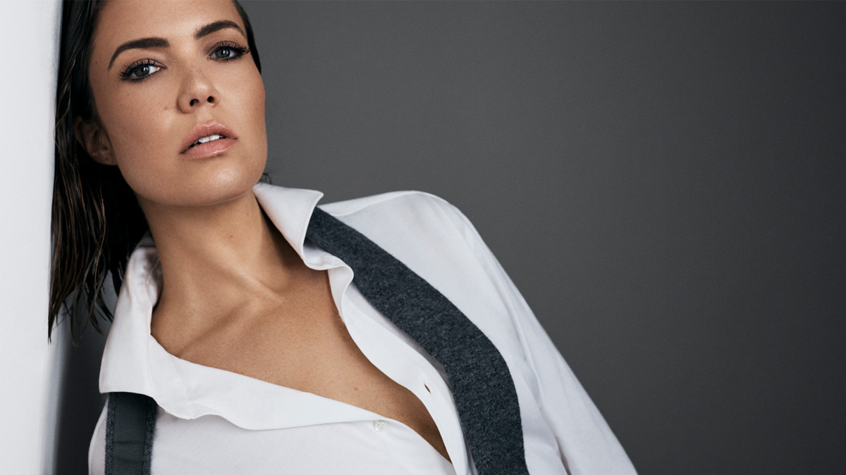 Mandy moore 1680x945 article cover