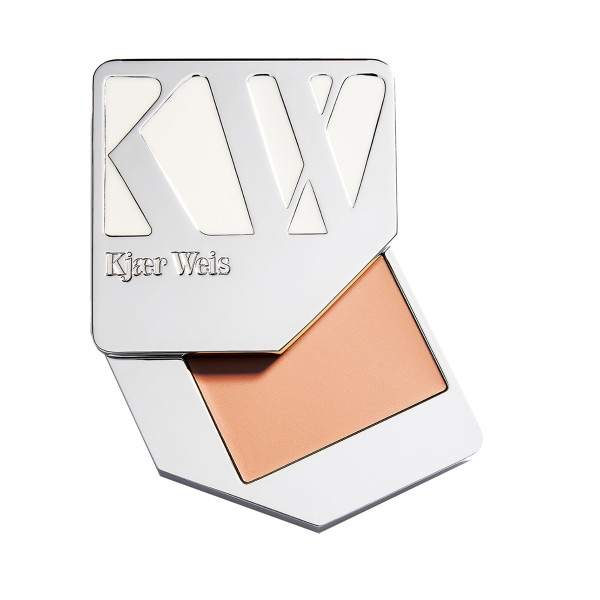 Kj  r weis cream foundation compact in paper thin