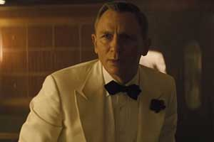 James Bond brings back The White Tuxedo