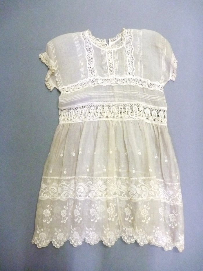 Figure 2: Christening Gown 1985.50.10