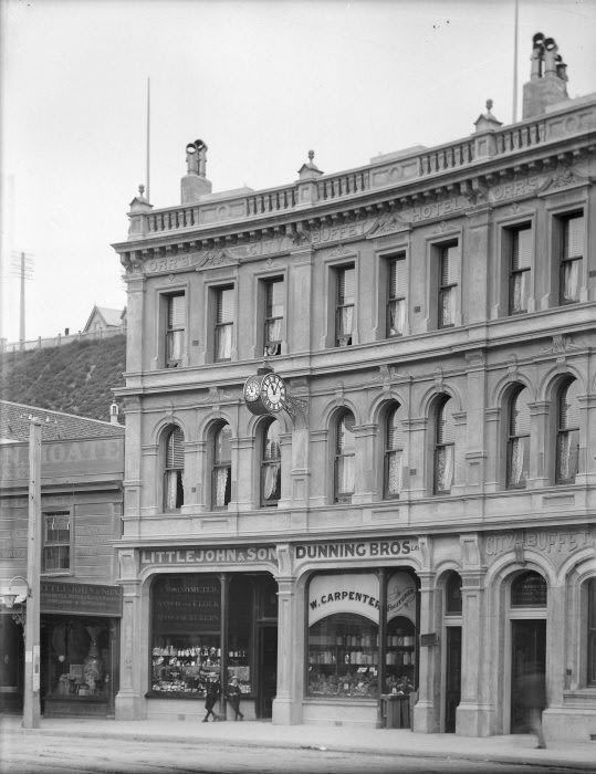 Orr's City Buffet Hotel, Lambton Quay, Wellington. Ref: 1/1–020473-G. Alexander Turnbull Library, Wellington, New Zealand.