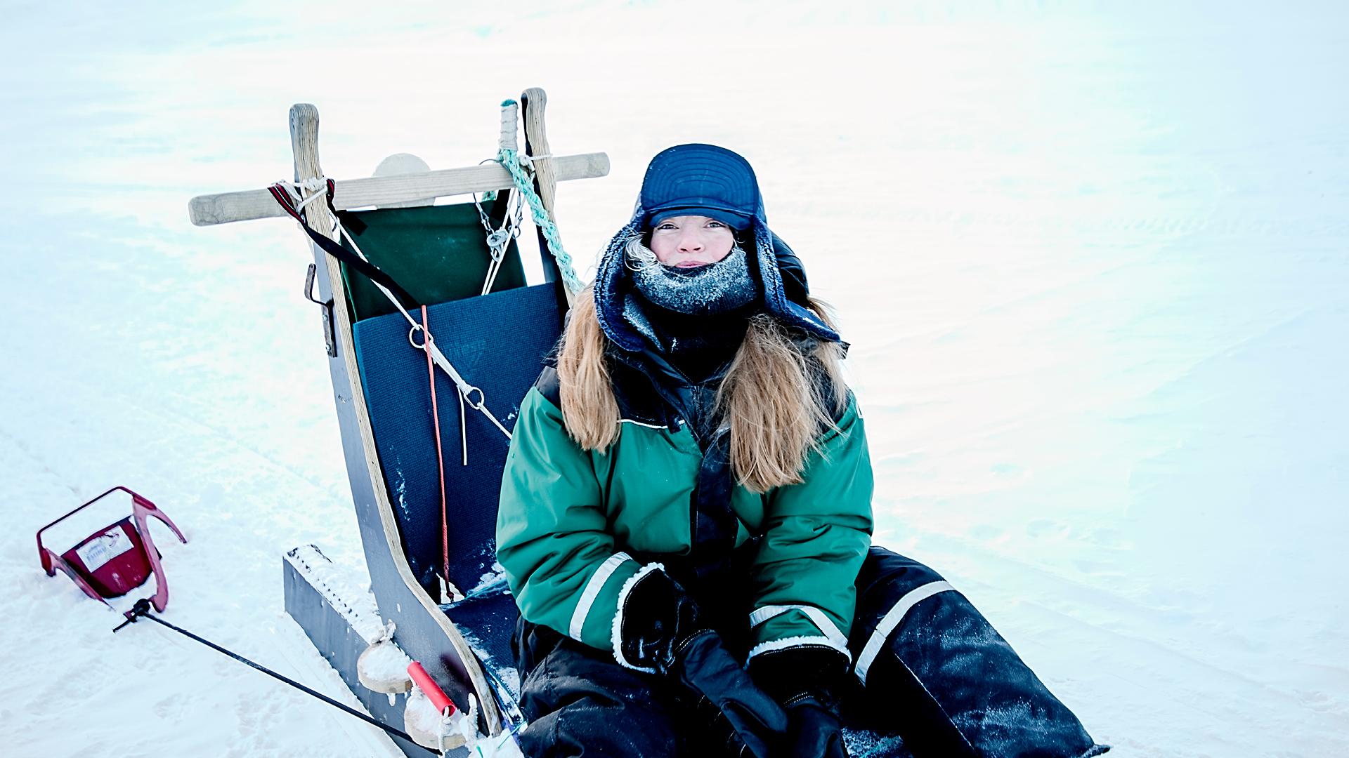 spitsbergen travel aktivitetskalender