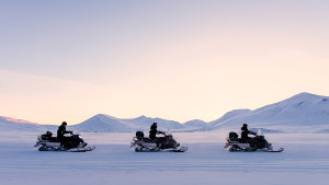 Electric snowmobile Hurtigruten Svalbard Agurtxane Concellon winter arctic