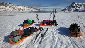 Ski expedition skiing lunchbreak summer sun snow nature Hurtigruten Svalbard 1920x1080