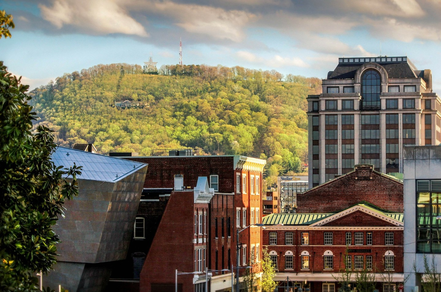 Roanoke, Virginia cityscape - tucked in the Appalachian mountains