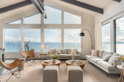 Living room in tahoe with wall of windows