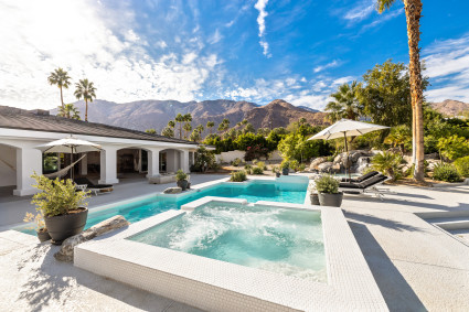 palm springs pool and hot tub with mountain view
