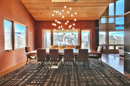 dining room overlooking ski mountain