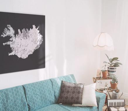 Kaia - schwarz-weiße Weltkarte Island