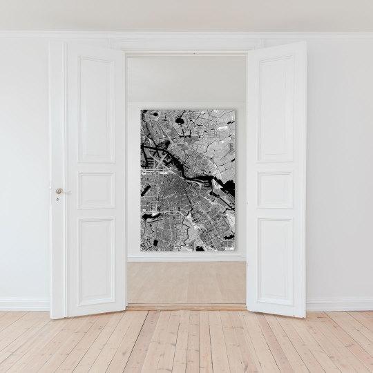 Kaia - schwarz-weiße Weltkarte Amsterdam