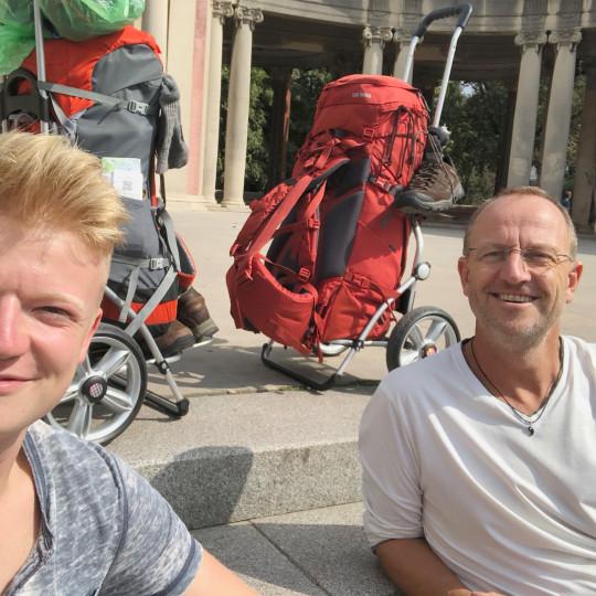 Dante & Thomas auf dem Jakobsweg: Vorab