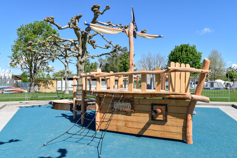 Spielplatz Seebadi Stampf (4)