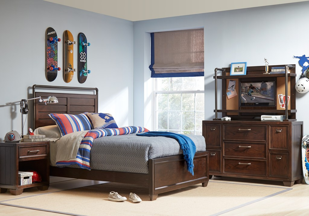 Twin Wood Panel Bedroom Set with Blue & Gray Decor