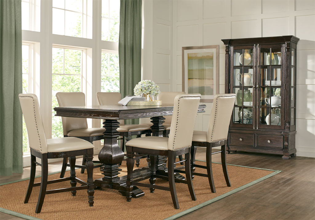 San Luis Oak Transitional Dining Room