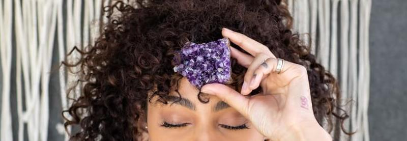 Amethyst Meaning and Healing Properties - Energy Muse