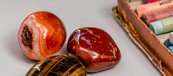Carnelian Meaning and Healing Properties - Energy Muse