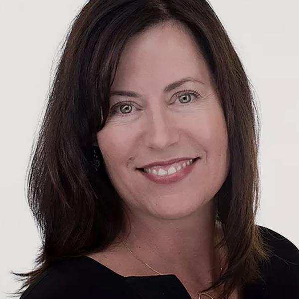 Amy Leonard