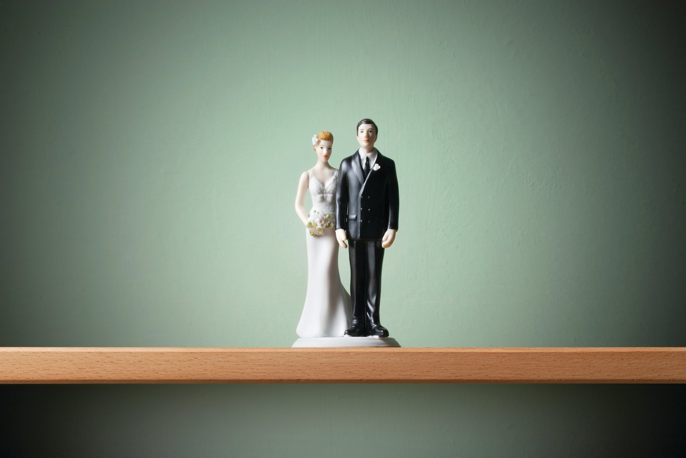 The non-romantic effect of marriage, legal or de facto cohabitation: what is the difference in terms of inheritance?