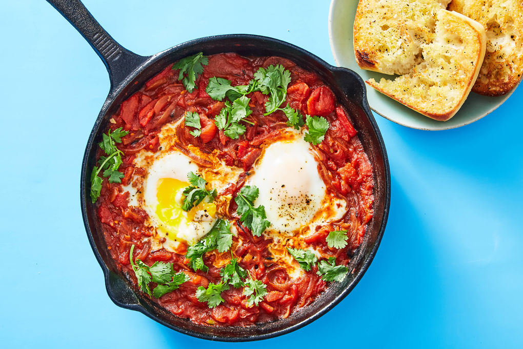 Tomato & Red Pepper Shakshuka with Garlic Ciabatta