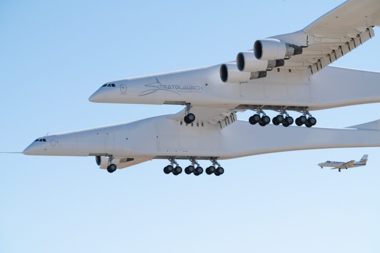 Stratolaunch-FF-2238-1-768x512