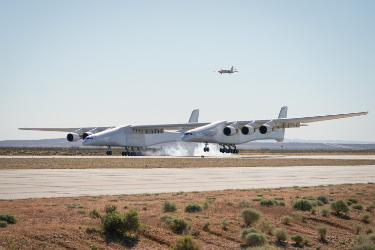 Stratolaunch-FF-02545-768x512