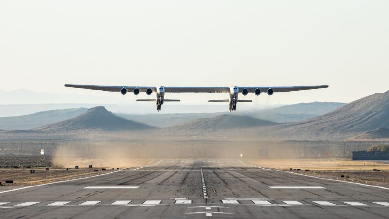 Stratolaunch-FF-9564-2-1-768x432