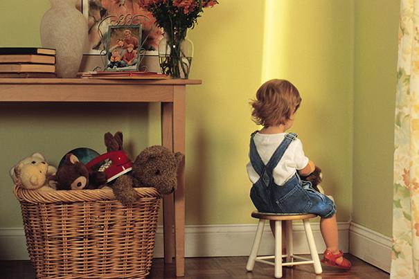 Criança de castigo: disciplinando o seu filho