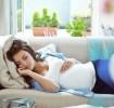 Saiba como dormir na gravidez