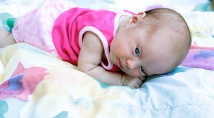 Desenvolvimento infantil: primeiros jogos de bebês