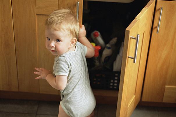 Deixando a casa à prova de bebês