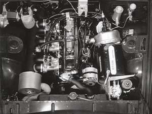 X772's engine bay in original prototype 2.5 PI MkI form