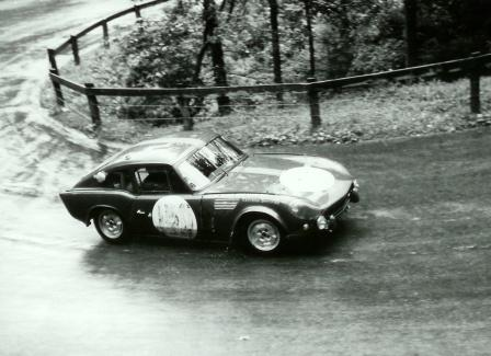 ADU 4B at the Swiss Hill Climb Mittholz - Kandersteg Sept.1965 Thuner at the wheel first in his category (Picture courtesy Daniel Senn)