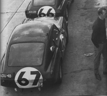 ADU 4B Sebring 1965 (Peter Clarke works mechanic to right of image)