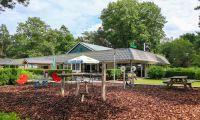 facilitites-playground-outside-europarcs-beekbergen