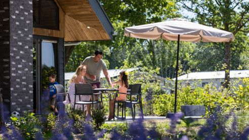 intro-family-holiday-home-outside-europarcs-zuiderzee-1