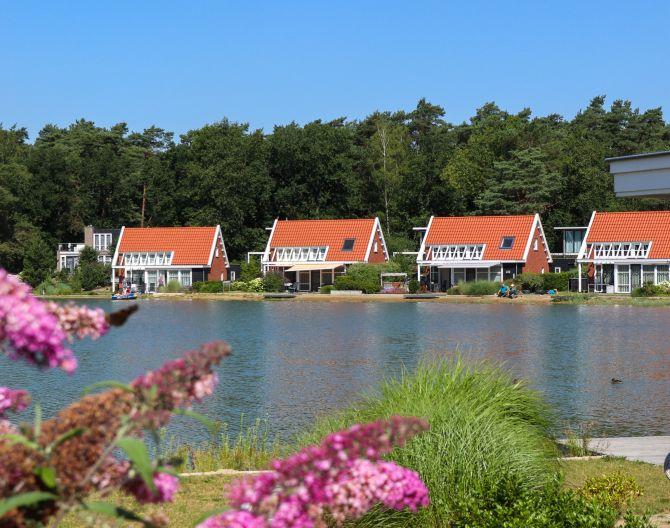 header-flowers-villas-water-europarcs-de-zanding