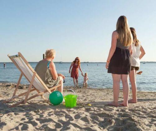 beach-family-europarcs-poort-van-zeeland