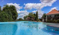 facilities-swimmingpool-outside-europarcs-marina-strandbad