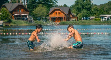 intro-swimming-pond-europarcs-brunssummerheide