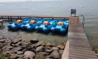 pedal boat camping jachthaven uitdam