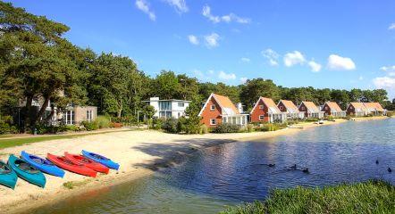 canoes-villas-water-europarcs-de-zanding