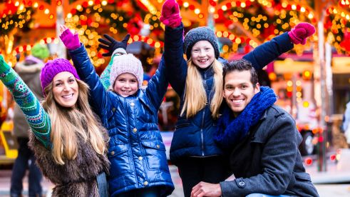family-christmas-time-happy-europarcs