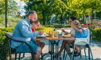 family-restaurant-lunch-europarcs-zuiderzee